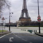 Les quais de paris inondés par la crue de la Seine. Les voies sur berges sont fermées à la circulation à Paris en raison de la crue du bassin de la Seine. AFP PHOTO THOMAS COEX
